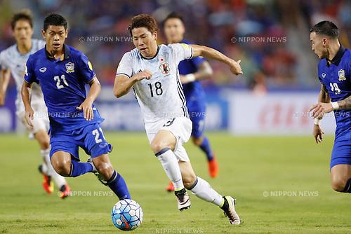 Takuma Asano (JPN), SEPTEMBER 6, 2016 - Football / Soccer : FIFA World Cup Russia 2018 Asian Qualifier Final Round Group B match between Thailand 0-2 Japan at Rajamangala National Stadium, Bangkok, Thailand. (Photo by Yusuke Nakanishi/AFLO SPORT)