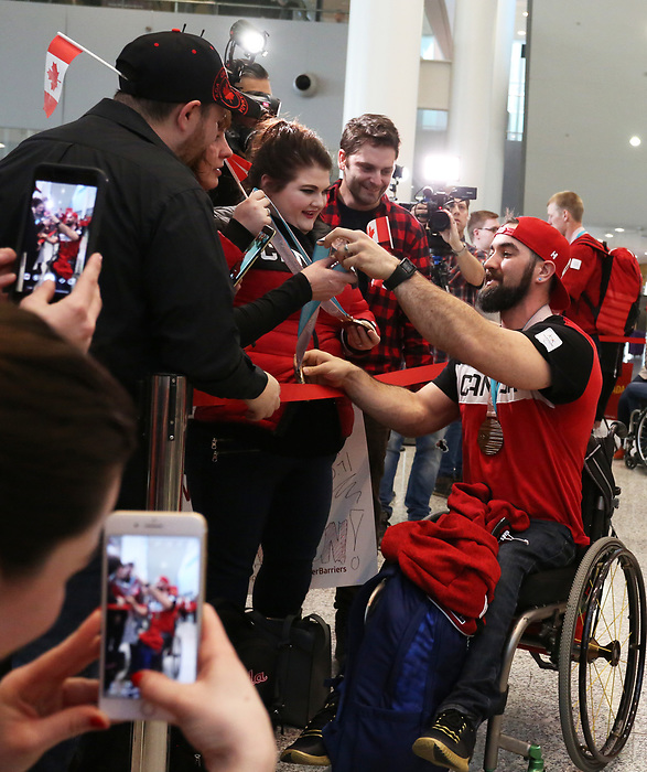 Pyeongchang, Korea, 19/3/2018-Athletes return from the 2018 Paralympic Games. Airport Toronto. Photo: Scott Grant/Canadian Paralympic Committee.