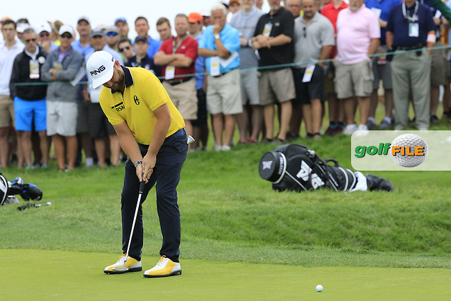 Andy Sullivan (ENG) putts on the 2nd green during Friday's Round 1 of the 2016 U.S. Open Championship held at Oakmont Country Club, Oakmont, Pittsburgh, Pennsylvania, United States of America. 17th June 2016.<br /> Picture: Eoin Clarke | Golffile<br /> <br /> <br /> All photos usage must carry mandatory copyright credit (&copy; Golffile | Eoin Clarke)