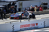 Pirelli World Challenge<br /> Victoria Day SpeedFest Weekend<br /> Canadian Tire Motorsport Park, Mosport, ON CAN Saturday 20 May 2017<br /> Peter Kox/ Mark Wilkins pit stop<br /> World Copyright: Richard Dole/LAT Images<br /> ref: Digital Image RD_CTMP_PWC17095