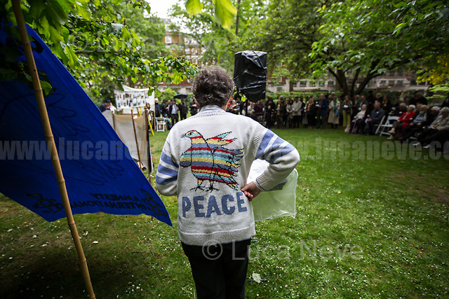 Sue Gilmurray (Anti-war singer and songwriter).<br />