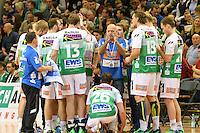 Technische Auszeit der Mannschaft von FrischAuf Goeppingen, mitte Trainer Trainer Magnus Andersson (FAG) gibt Anweisungen