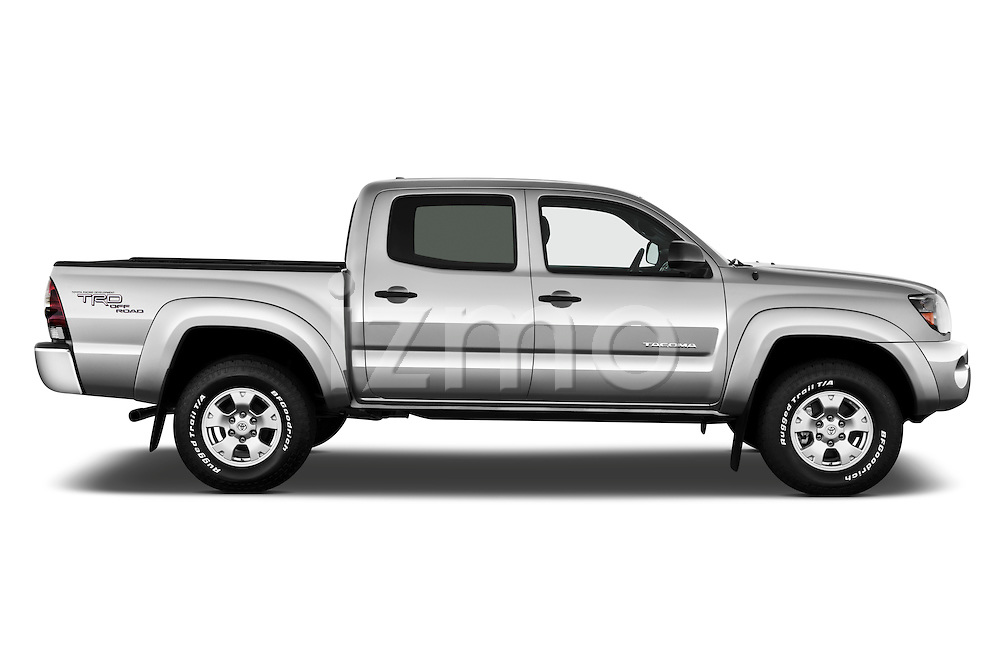 2011 toyota tacoma prerunner off road double cab izmostock. Black Bedroom Furniture Sets. Home Design Ideas