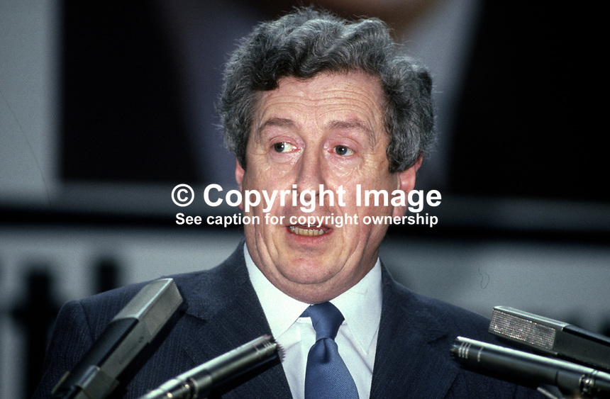 Garret Fitzgerald, TD, leader, Fine Gael, addresses his party's annual Ard Fheis, party conference, in Dublin, Rep of Ireland, 198103000057GF4.<br />