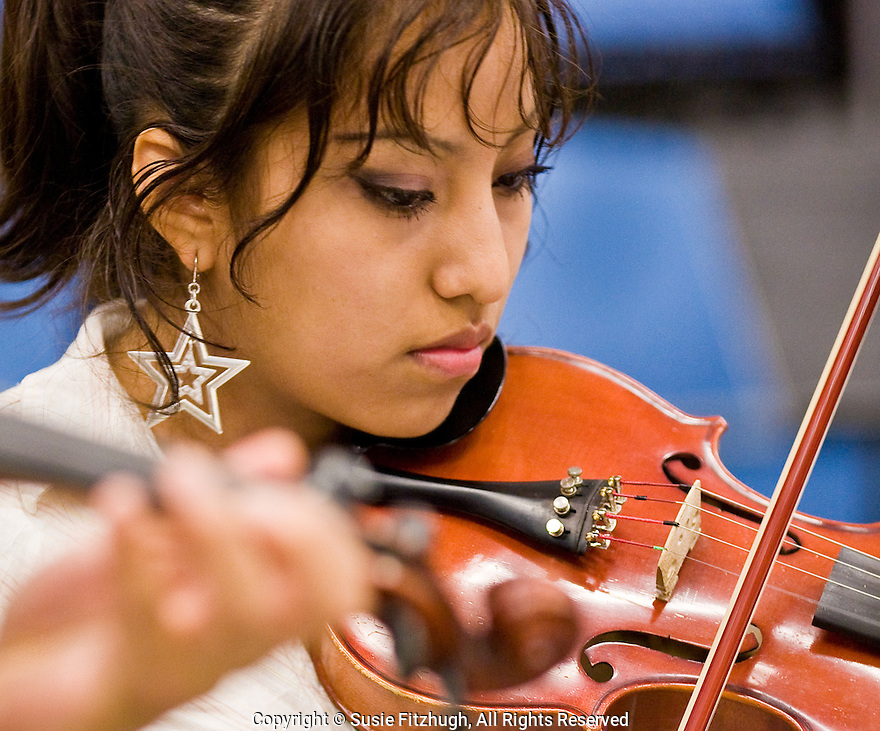 The Denny/Sealth program Mariachi program is open to all students.