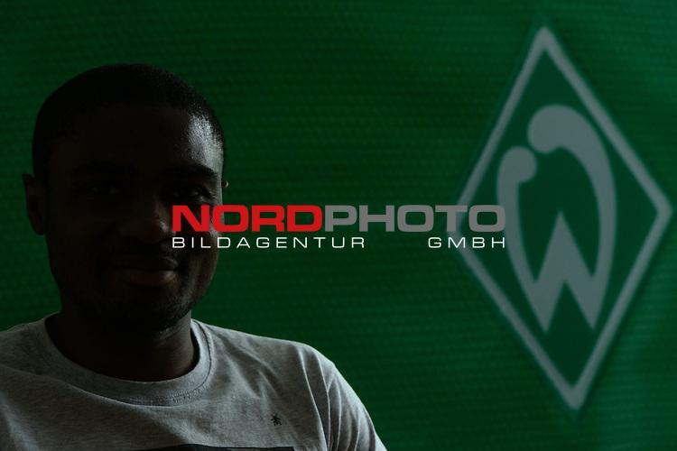 18.07.2013, Konferenzraum, Bremen, GER, Portrait C&eacute;dric Makiadi Werder Bremen), <br /> <br /> Foto &copy; nph / Kokenge