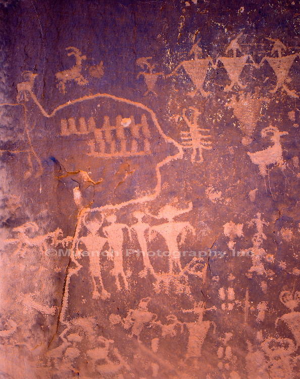 Petroglyphs, Colorado River Canyon