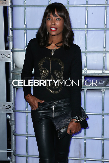 HOLLYWOOD, LOS ANGELES, CA, USA - NOVEMBER 10: Aisha Tyler arrives at the HaloFest - Halo: The Master Chief Collection Launch Event held at Avalon on November 10, 2014 in Hollywood, Los Angeles, California, United States. (Photo by Xavier Collin/Celebrity Monitor)