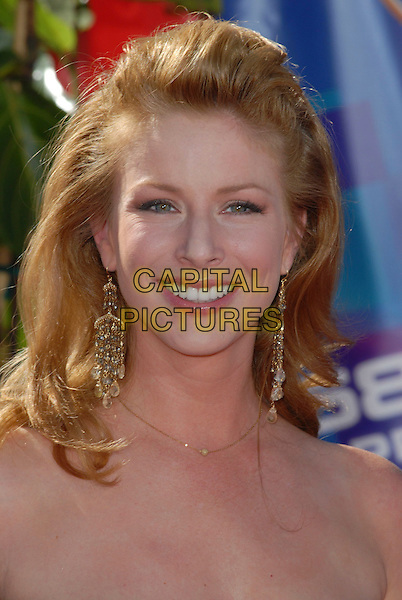 DIANE NEAL.58th Annual Primetime Emmy Awards held at the Shrine Auditorium, Los Angeles, California, USA..August 27th, 2006.Ref: ADM/CH.headshot portrait earrings.www.capitalpictures.com.sales@capitalpictures.com.©Charles Harris/AdMedia/Capital Pictures.