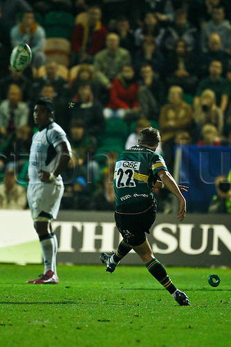 08.10.2010 Stephen Myler kicks Northamption's winning penalty.  08.10.2010 Rugby Union Heineken Cup from Franklin's Gardens Northampton Saints v Castres.  Final score : Northampton 18-14 Castres