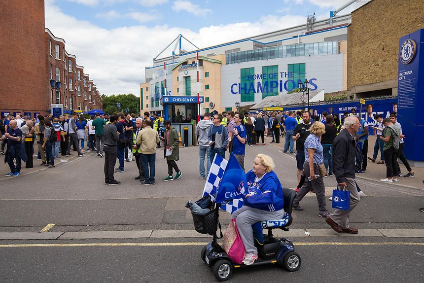 A general view of fans arriving at Stamford Bridge, home of Chelsea<br /> <br /> Photographer Craig Mercer/CameraSport<br /> <br /> The Premier League - Chelsea v Burnley - Saturday August 12th 2017 - Stamford Bridge - London<br /> <br /> World Copyright &copy; 2017 CameraSport. All rights reserved. 43 Linden Ave. Countesthorpe. Leicester. England. LE8 5PG - Tel: +44 (0) 116 277 4147 - admin@camerasport.com - www.camerasport.com