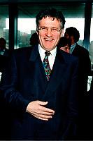 Environment Minister Paul Begin in April 1998<br /> Paul B&Egrave;gin, Ministre de l'environnement du Qu&Egrave;bec, en 1998<br />  photo by Pierre Roussel / Images Distribution