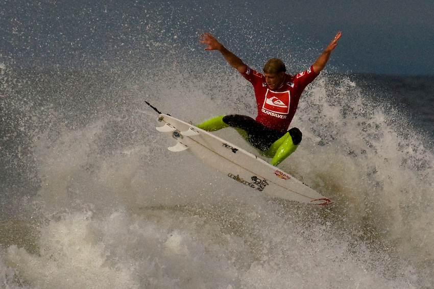 Mick Fanning (AUS) competes in Heat 7 of Round 3 during the 2011 Quiksilver Pro New York in Long Beach, NY.