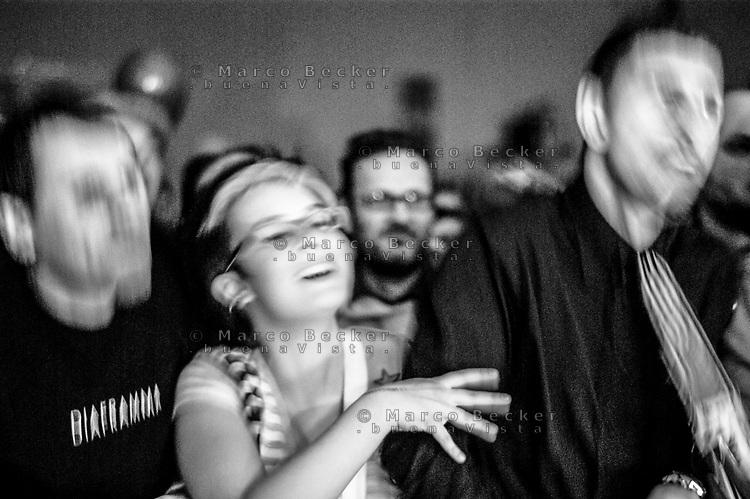 Milano, MIAMI ancora 2008, festival di musica italiana indipendente al Leoncavallo. Pubblico al concerto dei Diaframma --- Milan, MIAMI ancora 2008, italian independent music festival at Leoncavallo social centre. People during the concert of Diaframma
