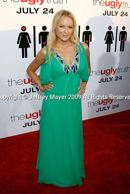 "HOLLYWOOD, CA. - July 16: Jewel arrives at the Los Angeles premiere of ""The Ugly Truth"" held at the Pacific's Cinerama Dome on July 16, 2009 in Hollywood, California."
