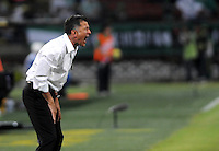 MEDELLIN - COLOMBIA -29 - 01-2014: Juan C Osorio, tecnico de Atletico Nacional durante partido de vuelta entre Atletico Nacional y Deportivo Cali por la Super Liga 2014, en el estadio Atanasio Girardot de la ciudad de Medellin.  / Juan C Osorio, coach of Atletico Nacional, during the match between Atletico Nacional and Deportivo Cali for the second leg of the Super Liga 2014 at the Atanasio Girardot Stadium in Medellin city. Photo: VizzorImage / Luis Rios / Str