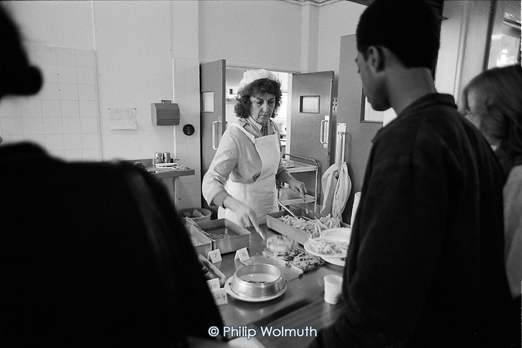 School meals service, Eltham Green School, Greenwich, ondon.