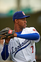 Chattanooga Lookouts outfielder Byron Buxton (7) during warmups before a game against the Jacksonville Suns on April 30, 2015 at AT&T Field in Chattanooga, Tennessee.  Jacksonville defeated Chattanooga 6-4.  (Mike Janes/Four Seam Images)