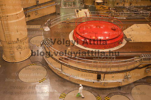 A closeup view of the reactor in the building in Paks, 120 km (75 miles) east of Budapest, Hungary on March 23, 2011. ATTILA VOLGYI