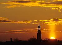 Deutschland, Hamburg, Sonnenuntergang, St. Michaelis, Michel