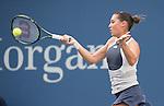 Flavia Pannetta (ITA) defeats Samantha Stosur (AUS) 6-4, 6-4