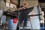 Il maestro vetraio Gino Bormioli all'opera alla fornace del Museo del Vetro di Altare (SV) nell'ambito del Glass Fest 2014