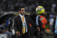 MEDELLÍN -COLOMBIA-16-02-2014. Pompilio Paez asistente técnico de Atlético Nacional durante partido con Deportes Tolima por la fecha 5 de la Liga Postobón I 2014 jugado en el estadio Atanasio Girardot de la ciudad de Medellín./ AtleticoNacional Pompilio Paez technical assitant during the match against Deportes Tolima for the fifth date of the Postobon League I 2014 at Atanasio Girardot stadium in Medellin city. Photo: VizzorImage/Luis Ríos/STR