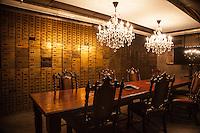 Cassaforte di una vecchia banca ristrutturata come sala riunioni in un edificio di Detroit Quicken Loans offices Detroit