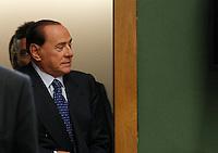Silvio Berlusconiall'ingresso nell   aula del tribunale di napoli  prima della sua deposizone nel processo contro Valter Lavitola