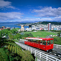 New Zealand, North Island, Wellington: Cable Car & View over City | Neuseeland, Nordinsel, Wellington: Cable Car und Blick ueber die Stadt