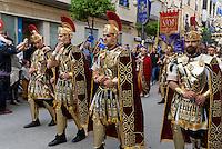 Römische Legionäre, Prozession  der Bruderschaft Paso Encarnado bei  der Semana Santa (Karwoche) in Lorca,  Provinz Murcia, Spanien, Europa