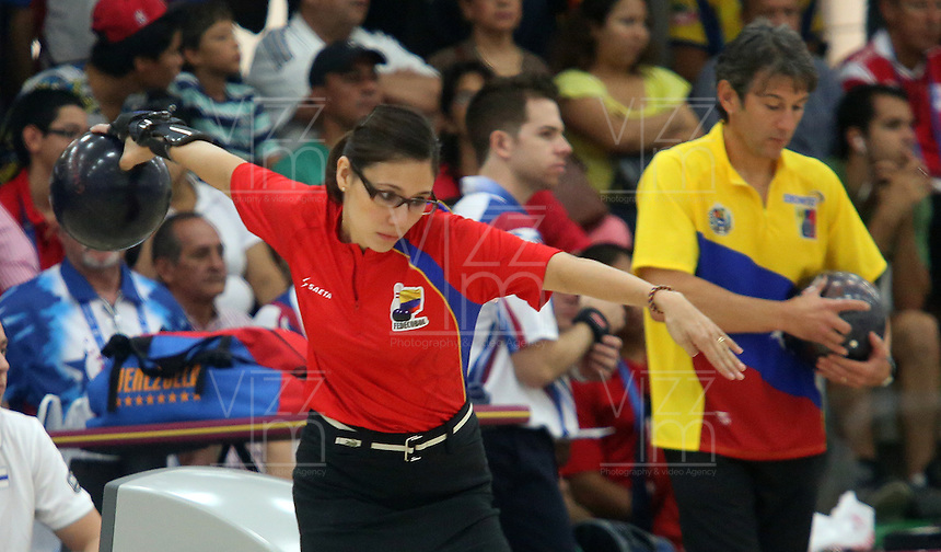 CALI -COLOMBIA-01-08-2013.  Clara Juliana Guerrero de Colombia durante su particiapción en la prueba de  Bolos en los Juegos Mundiales Cali 2013 realizado en la ciudad de Cali./ Clara Jualiana Guerrero of Colombia during her participation in bowling competition in the World Games Cali 2013 at Cali city  Photo: VizzorImage/Juan C. Quintero/STR