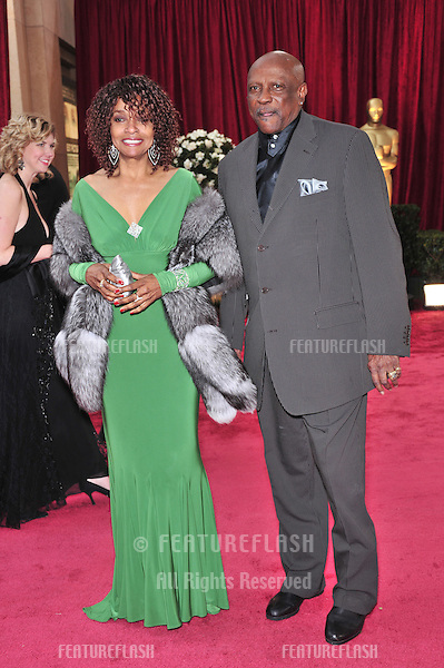 Louis Gossett Jr & Beverly Todd at the 80th Annual Academy Awards at the Kodak Theatre, Hollywood, CA..February 24, 2008 Los Angeles, CA.Picture: Paul Smith / Featureflash