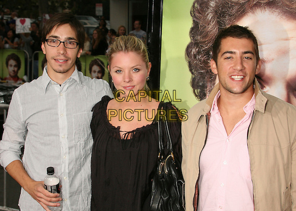 "JUSTIN LONG, KAITLIN DOUBLEDAY & JONATHAN TOGO.""Knocked Up"" Los Angeles Premiere at Mann's Village Theatre, Westwood, California, USA..May 21st, 2007.half length grey gray shirt bottled water glasses black beige .CAP/ADM/BP.©Byron Purvis/AdMedia/Capital Pictures"