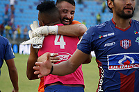 SANTA MARTA - COLOMBIA, 04-05-2019: Jugadores de Union celebran después del partido por la fecha 20 de la Liga Águila I 2019 entre Unión Magdalena y Once Caldas jugado en el estadio Sierra Nevada de la ciudad de Santa Marta. / Players of Union celebrate after the match for the date 20 as part Aguila League I 2019 between Union Magdalena and Once Caldas played at Sierra Nevada stadium in Santa Marta city. Photo: VizzorImage / Gustavo Pacheco / Cont