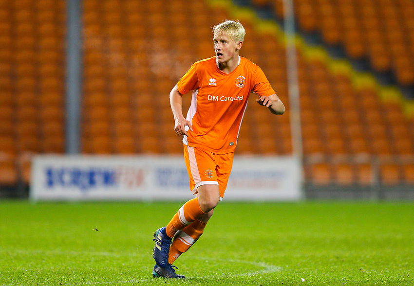 Blackpool's Harry Winstanley<br /> <br /> Photographer Alex Dodd/CameraSport<br /> <br /> The FA Youth Cup Third Round - Blackpool U18 v Derby County U18 - Tuesday 4th December 2018 - Bloomfield Road - Blackpool<br />  <br /> World Copyright © 2018 CameraSport. All rights reserved. 43 Linden Ave. Countesthorpe. Leicester. England. LE8 5PG - Tel: +44 (0) 116 277 4147 - admin@camerasport.com - www.camerasport.com
