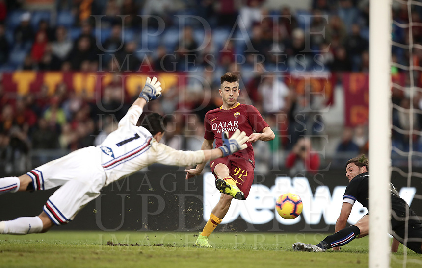 Football, Serie A: AS Roma - Sampdoria, Olympic stadium, Rome, November 11, 2018. <br /> Roma's Stephan El Shaarawy (c) scores his second goal of the match during the Italian Serie A football match between Roma and Sampdoria at Rome's Olympic stadium, on November 11, 2018.<br /> UPDATE IMAGES PRESS/Isabella Bonotto