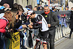 Michael Matthews (AUS) Team Sunweb with fans before the start of Gent-Wevelgem in Flanders Fields 2017, running 249km from Denieze to Wevelgem, Flanders, Belgium. 26th March 2017.<br /> Picture: Eoin Clarke | Cyclefile<br /> <br /> <br /> All photos usage must carry mandatory copyright credit (&copy; Cyclefile | Eoin Clarke)