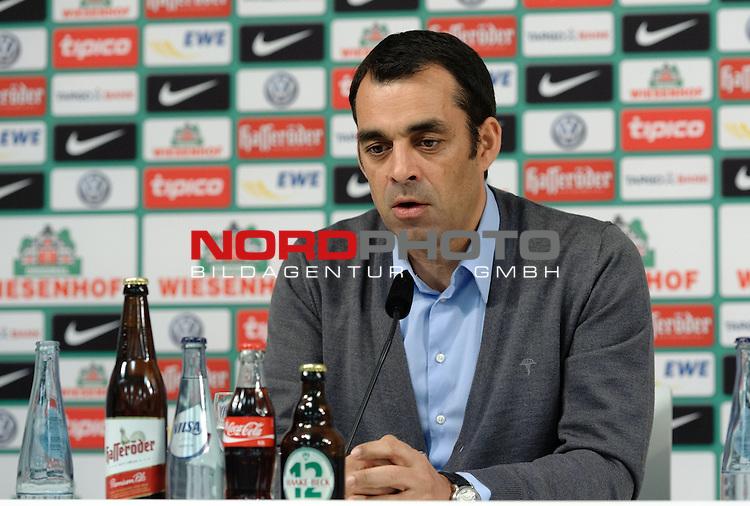 06.02.2014, Weserstadion, Bremen, GER, 1.FBL, Pressekonferenz Werder Bremen, im Bild Robin Dutt (Trainer Werder Bremen)<br /> <br /> Foto &copy; nordphoto / Frisch