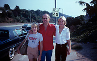 ***FILE PHOTO*** Tim Conway Has Passed Away At The Age Of 85.<br />  Tim Conway & sons Patrick & Jamie 1979 <br /> CAP/MPI/NB<br /> ©NB/MPI/Capital Pictures