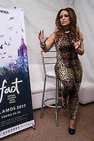 Brenda Marie en el Callej&oacute;n del Templo, durante la tercera noche de actividades de el Festival Alfonso Ortiz Tirado (FAOT2017).<br />  &copy;Foto: Luis Guti&eacute;rrrez