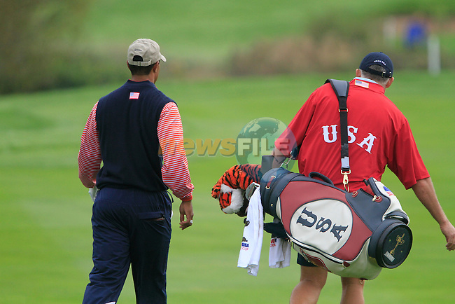 Tiger Woods with caddy Steve Williams walk down the 9th hole during Practice Day 3 of the The 2010 Ryder Cup at the Celtic Manor, Newport, Wales, 29th September 2010..(Picture Eoin Clarke/www.golffile.ie)