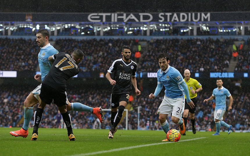 Manchester City's David Silva runs at the Leicester City defence <br /> <br /> Photographer Stephen White/CameraSport<br /> <br /> Football - Barclays Premiership - Manchester City v Leicester City - Saturday 6th February 2016 -  Etihad Stadium - Manchester<br /> <br /> &copy; CameraSport - 43 Linden Ave. Countesthorpe. Leicester. England. LE8 5PG - Tel: +44 (0) 116 277 4147 - admin@camerasport.com - www.camerasport.com