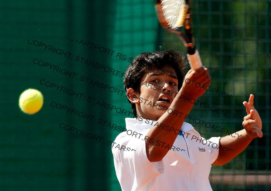Tennis, world championship, U-14.Great Britain Vs. India.Conor Bunting (GBR)-Diavijay Singh (IND).Diavijay Singh.Prostejov, 08.06.2008..Photo: Srdjan Stevanovic.