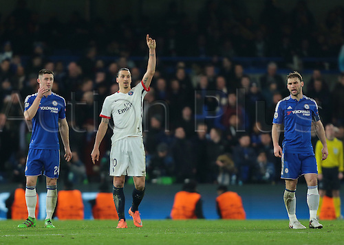 09.03.2016. Stamford Bridge, London, England. Champions League. Chelsea versus Paris Saint Germain. Paris St. Germain Forward Zlatan Ibrahimović signals for the ball during a goal kick