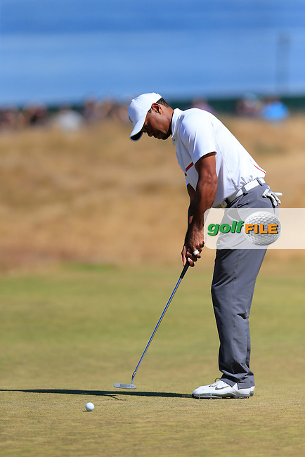 Tiger WOODS (USA) takes his putt on the 17th green during Friday's Round 2 of the 2015 U.S. Open 115th National Championship held at Chambers Bay, Seattle, Washington, USA. 6/19/2015.<br /> Picture: Golffile | Eoin Clarke<br /> <br /> <br /> <br /> <br /> All photo usage must carry mandatory copyright credit (&copy; Golffile | Eoin Clarke)