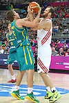 07.09.2014. Barcelona, Spain. 2014 FIBA Basketball World Cup, round of 16. Picture show R. Broekhoff and O. Savas in action during game between Turkey   v Australia at Palau St. Jordi