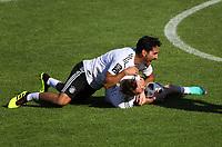 Ilkay Guendogan (Deutschland, Germany) mit Marco Reus (Deutschland, Germany) - 25.05.2018: Training der Deutschen Nationalmannschaft zur WM-Vorbereitung in der Sportzone Rungg in Eppan/Südtirol
