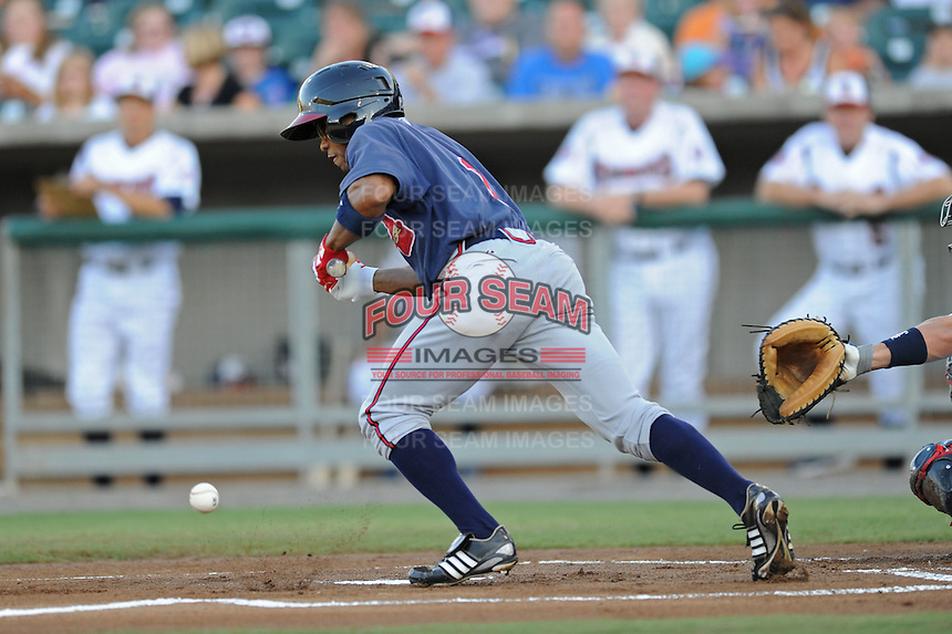 Antoan Richardson during a game against the Tennessee Smokies at Smokies Park, Kodak, TN August 19, 2010. Tennessee won the game 5-4.