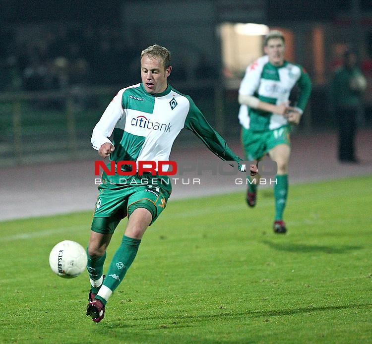 RLN 2007/2008 Hinrunde 07. Spieltag Nachholspiel 10.10.07<br /> Werder Bremen U23 gegen Kickers Emden 2:1<br />  <br /> Frank L&ouml;ning ( Loening ) (Bremen U23 #11) <br /> <br /> Foto: &copy; nph ( nordphoto )